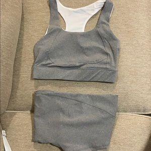 Light gray workout set
